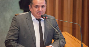 Veras cobra do Executivo envio da Lei da Gestão Democrática à CLDF