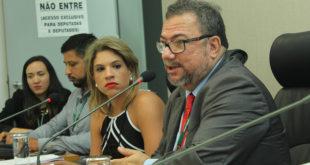 Merenda escolar e mudanças na atenção primária são discutidas em comissão