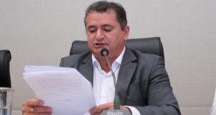 Em relatório, Veras critica censura de conteúdos em escolas do DF